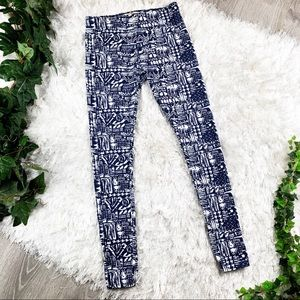 Hollister Printed Leggings 🏔 Like New! Blue White